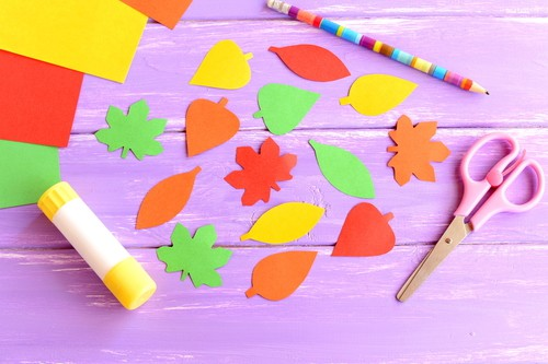 September weekday events fall crafts DP
